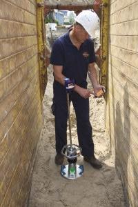 Messung im Graben mit dem Leichten Fallgewichtsgerät